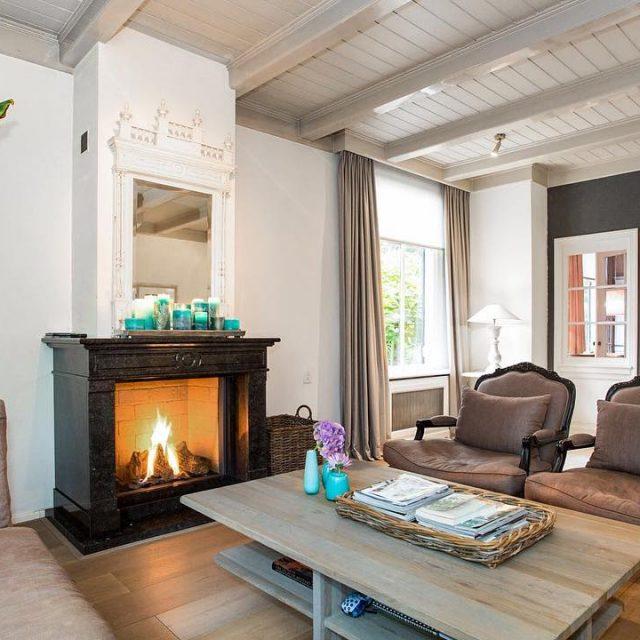 HouseVertising vastgoedmarketing Woningfotografie wwwhousevertisingnl housevertisingrealeastatemarketingrealestatearchitecturelivingroomambienceambienceinteriorinteriorshootingrealestatephotographyinteriorphotographypropertyphotographypicofthedayvisualofthedayinstadailyvastgoedmarketingwoningfotografievastgoedfotografievastgoedfotograafverkoopstylingwoonkamersfeersfeerfotoopenhaardherfstfallmakelaarfunda